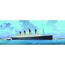 R.M.S. TITANIC 1/200 SCALE