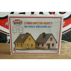 2 TWIN CAPE COD HOUSE'S